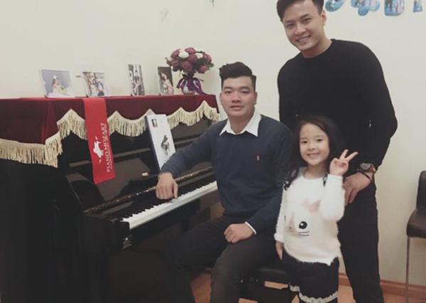 Diễn Viên Hồng Đăng tại PianoMozart